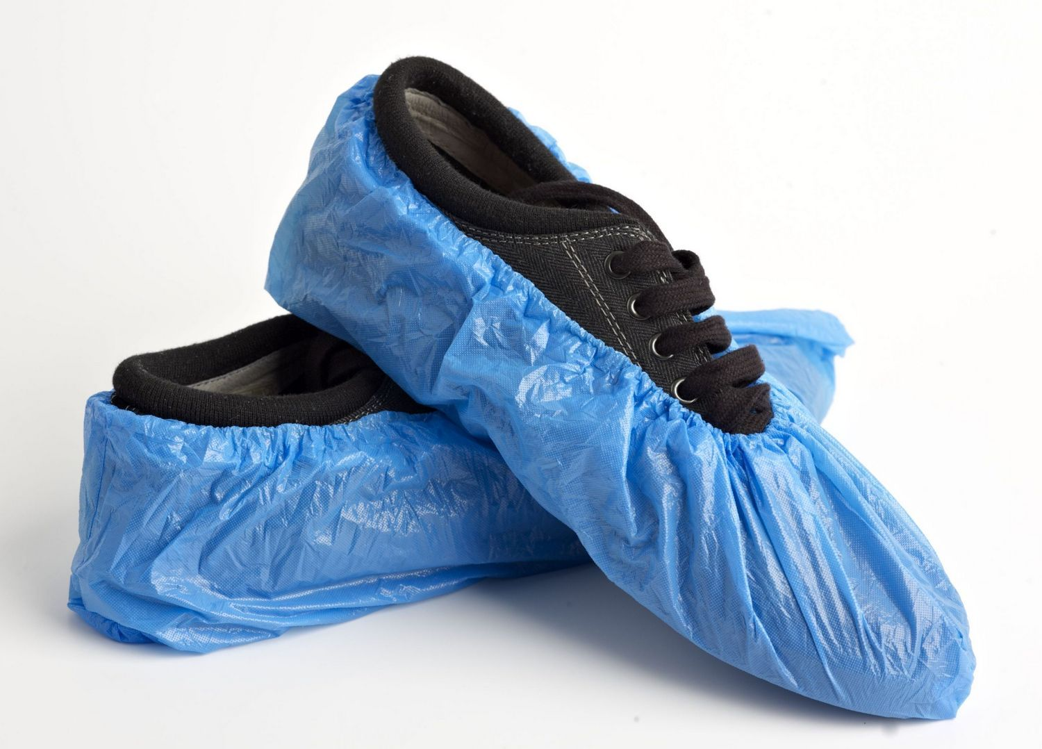 package of 50 disposable shoe covers no skid